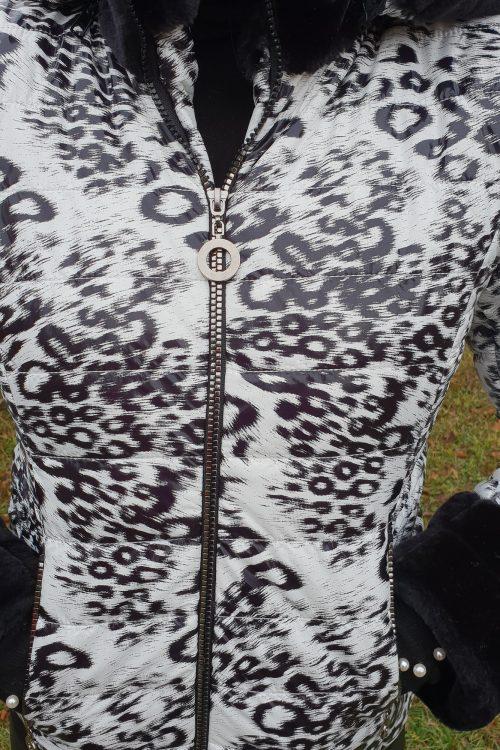 Geaca Tigru 2